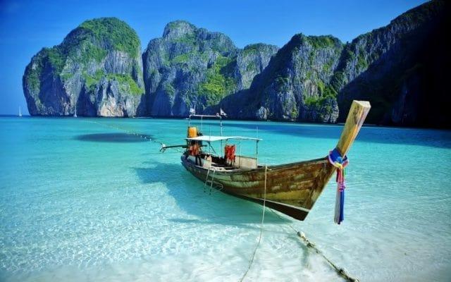 คนไทยเข้าร่วมภูเก็ตแซนด์บ็อกซ์